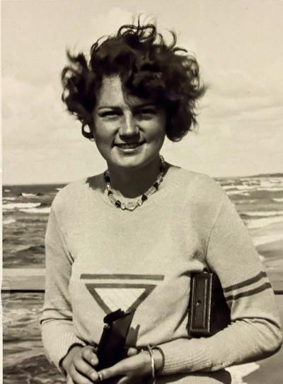 Гели Раубаль - племянница и любовница Гитлера